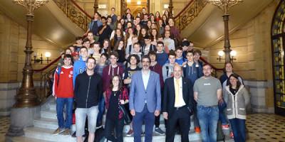 El alcalde de Donostia recibe a nuestros alumnos bretones de intercambio