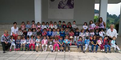 Los niños de 2 años en Bidania