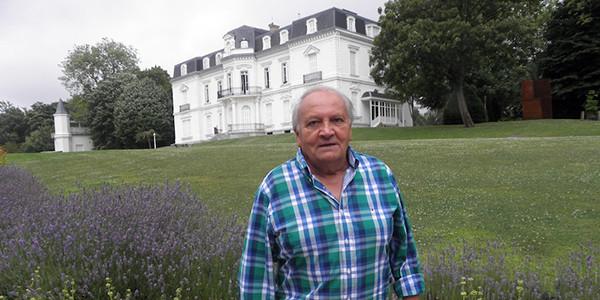 Claudio Artesanoren dokumentua ikastolaren hastapenaz