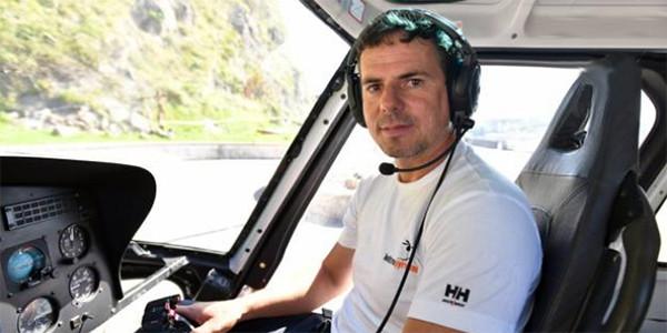 Haritz Galarraga en su helicóptero